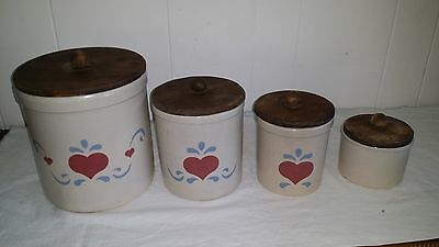 Set of 4 Canisters Robinson Ransbottom Roseville Ohio Hearts
