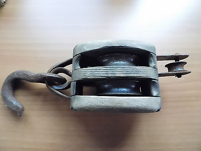 """Vintage Wooden Barn Pulley Very Large Double BLOCK """"COM 5"""" 13"""" Overall Length"""