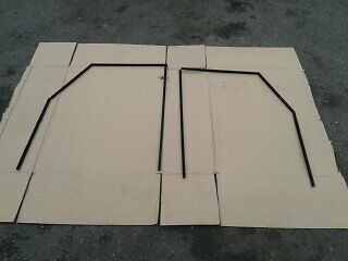 Landrover Defender Front door/window glass channel set .(o/s- n/s cut to fit)new