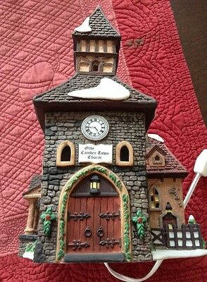 The Olde Camden Town Church 1996 #58346 Retired Department 56 Dickens' Village