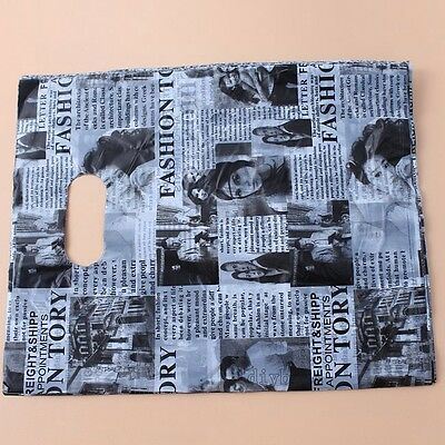 100PCS Wholesale Black &White Magazine Style Shopping Carrier Bags Boutique Gift