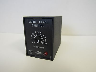 Used Ssac/abb Llc54Aa 120Vac Liquid Level Control W/8 Pin Relay Base