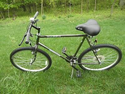 "Vintage 1991 Mongoose Hilltopper Men's Black Chrome 26"" Mountain Bike, One Owner"