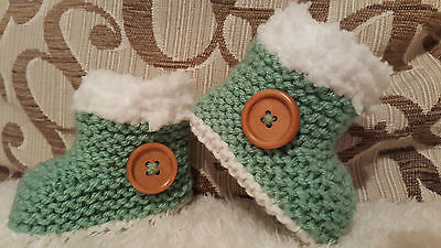 Baby Boys Girls Hand Knitted Boots / Booties Early Baby - 9-12 Months