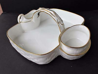 Vintg HAMMERSLEY Bone China England White Gold Trim Basketware Strawberry Basket