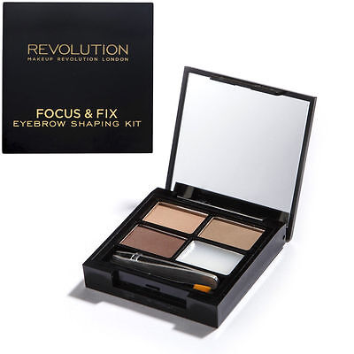 MAKEUP REVOLUTION 3 Brow Powders Focus & Fix Eyebrow Kit Light - Medium