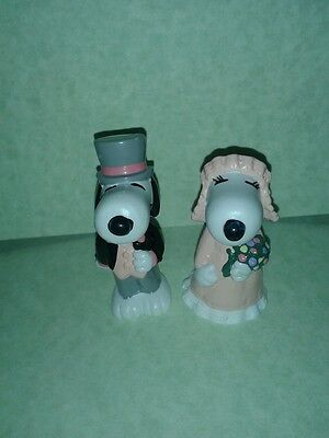 12 Pvc snoopy and belle wedding figurines (6 Snoopy 6 Belle)