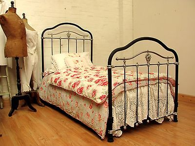 DELIGHTFUL ANTIQUE FRENCH SINGLE IRON BED - c1900
