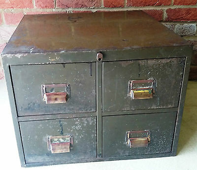 40/50s/Mid Century Industrial Vintage Green Metal 4 Drawer Filing Drawer/Cabinet