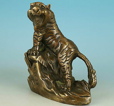 Ancient Asian Chinese Old Brass Handmade Carved Tiger Collect Statue Ornament