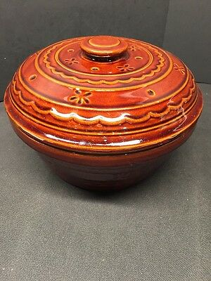 "Marcrest USA Brown Daisy Dot Large Casserole Pot Bowl With Lid 9.5"" Stoneware"