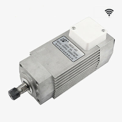 700W Air-cooled Spindle Drive Motor Engraver Machine Spindle 220V 4A 20000RPM
