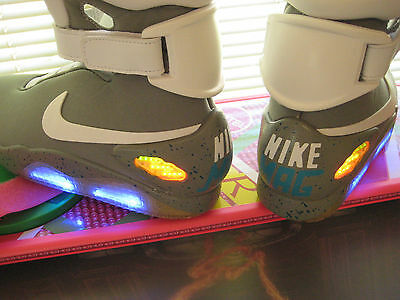 Back to the Future - Light Up MAG Upgrade Kit ( SHOES NOT INCLUDED )
