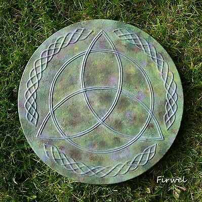 ~ Triquetra Garden Stepping Stone / Wall Plaque ~ Pagan wiccan Present Gift