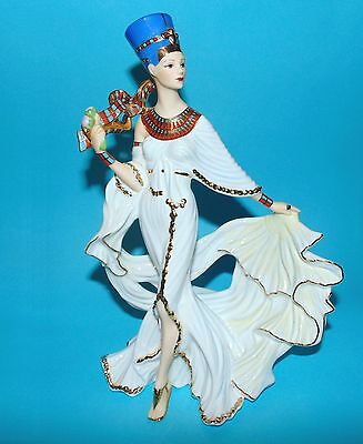 Danbury Mint ornament Figurine Egyptian 'Nefertiti'   M. Evans 1st Quality