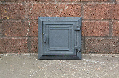 cast  iron flue fire door clay / bread oven door / pizza stove smoke house