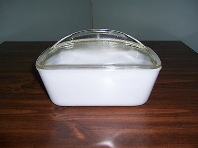 Vintage Westinghouse Loaf / Bread Dish - White - Clear Glass Lid / Handle