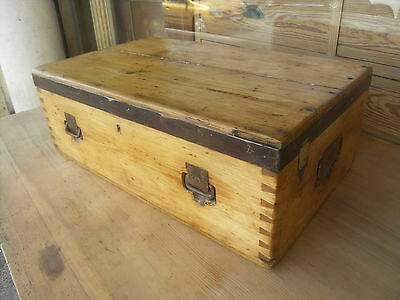 Vintage Military Pine Trunk / Antique Pine Box 1913 ?