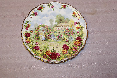 Royal Albert 25th Anniversary Old Country Roses Plate England 1986