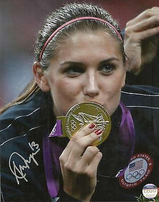 Alex Morgan Ip Auto Signed 8X10 Photograph Usa Soccer !! Olympic Gold #4