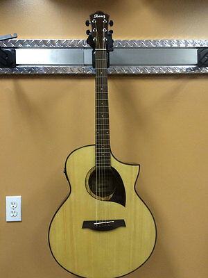 Ibanez AEW22CD - Natural Spruce Top - Cordia Back and Sides - Fishman Pickup 311