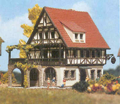 Vollmer Z 9533 Half-Timbered Inn Hotel House Building Kit *NEW *in USA