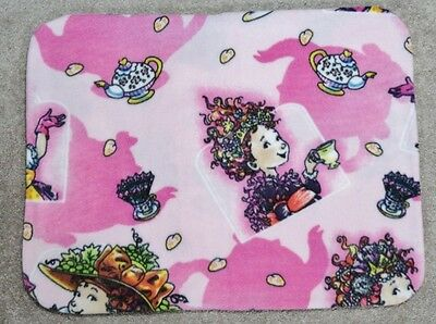 Fleece Standard (Twin) Pillow Cover- Fancy Nancy Lacy Hearts And Tea - 2 Choices