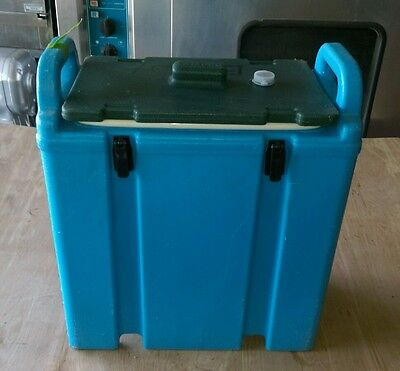 Cambro Insulated Soup Carrier Model# 350LCD Our#11
