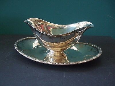 Vintage Silver Plate Gravy Boat w/ attached Tray Unmarked