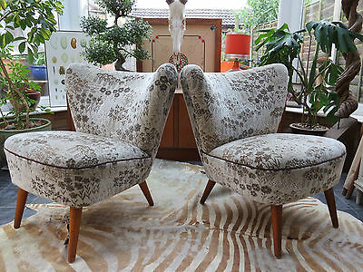 A PAIR OF ORIGINAL 1960s VINTAGE EAST GERMAN BARTHOLOMEW COCKTAIL CHAIRS JN16/17