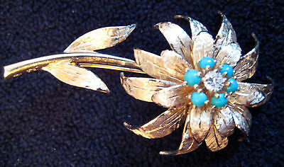 14k gold Brooch with Round Briliant Cut Diamond and 6 Baby Blue Turquoise Beads