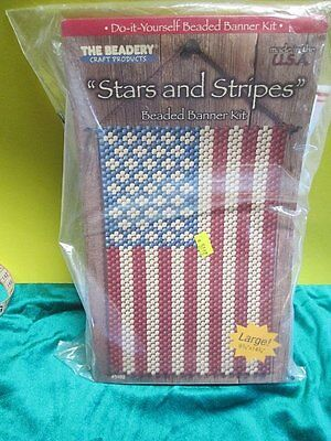 """""""Stars and Stripes"""" Beaded Banner Kit by The Beadery 9 ¾"""" x 14 ¾""""  NIP"""
