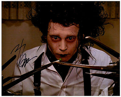 JOHNNY DEPP Authentic Hand Signed Autographed 8X10 Photo w/ COA - Photo 1