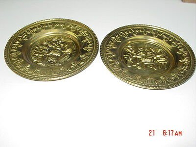 Pair 2 Set Vintage Round Metal Wall Hangings Plaques Made in England Art Decor