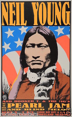 0509 Vintage Music Poster Art - Neil Young