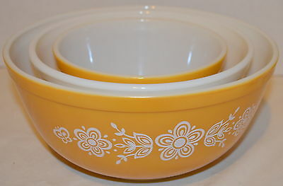 Vintage Pyrex Butterfly Mixing Bowls 401 402 403
