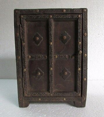 Vintage Handcrafted Iron / Brass Fitted One Door Jewelry Box Rare