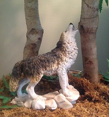 Original 1990 Resin  Wolf Sculpture /figurine By Castagna Of Italy