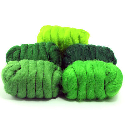 Grand Green - Dyed Merino Wool Top - Felting - Roving - Spinning - 250g