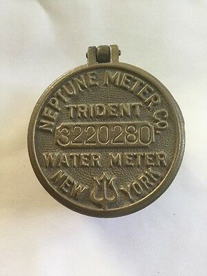 Vintage Neptune Meter Company Trident Water Meter Cover #3220280 New York  Brass