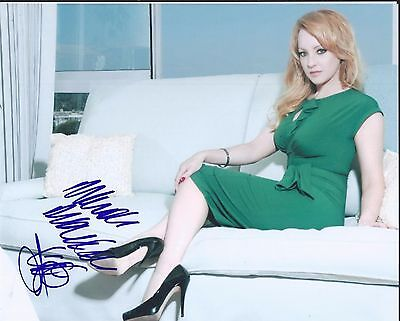 Wendi McLendon-Covey  Signed Autographed 8x10 Photo The Goldbergs