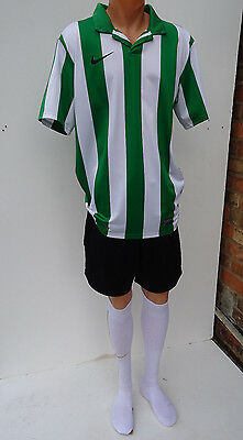 15 x Nike Mens Football Team Kits Green/White Stripes & Black Shorts (L to 2XL)