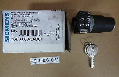 Siemens 3SB3 000-5AD01 Key Operated Selector Switch