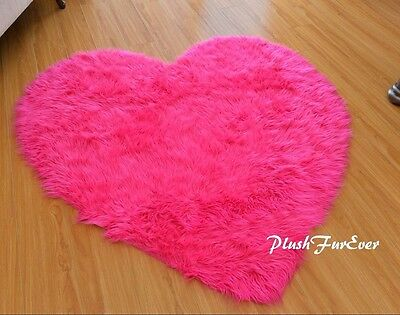"""5' or 60"""" Valentine's Heart Hot Pink Rug Shaggy White Faux Fur Nursery Baby Rug"""