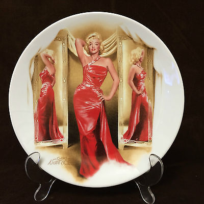 MARILYN MONROE - Limited Edition Delphi Collectors Plate By Chris Notarile 1991