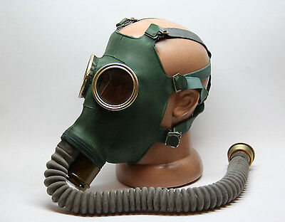 Russian military soviet Green gas mask GP-4 with bag . GP5 gas mask Gift
