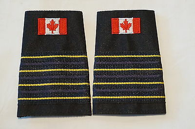 Canadian Fire CAFC 4 Four Bar Gold Deputy Chief Shoulder Slip Ons Pair