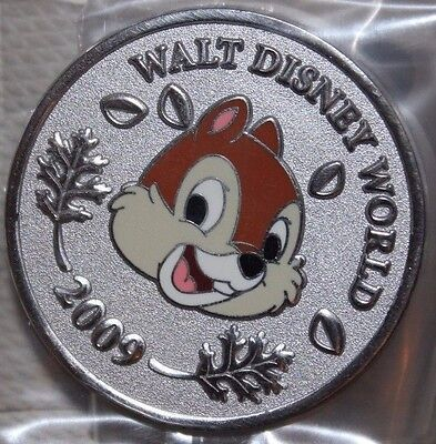 Disney WDW World Character Coins 2009 Chip LE 500 Pin