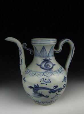 Nice Chinese Antique Blue&White Porcelain Wine Pot with Dragon