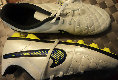 New Nike Tempo Football Soccer Boots. US 5Y, UK 4.5 Euro 37.5, 23.5cms NEW